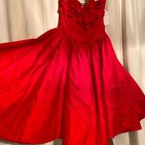 1950s Stunning Red Dress Small